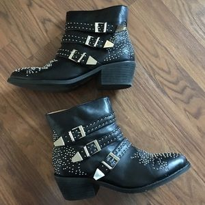 NYLA shoes size 7.5 studded booties